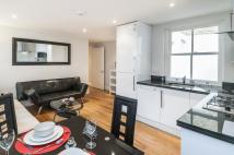 2 bed Ground Flat in Fulham Road, SW10