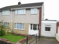 3 bed semi detached house in 7 Heol Dyhewydd...