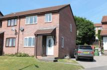 semi detached house to rent in 19 Llys Garth...
