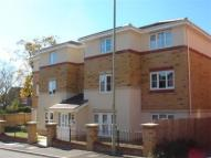 Flat for sale in Meadow Hill CHURCH...