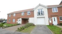 2 bed Maisonette in Regis Park Road, Reading...