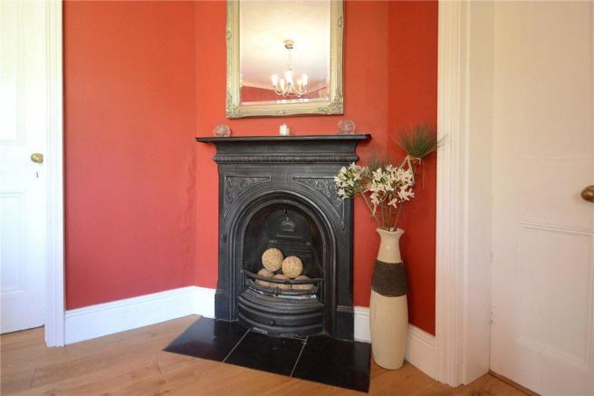 Dining Roomfireplace