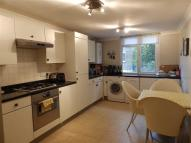 3 bed Apartment to rent in Brondesbury Villas...