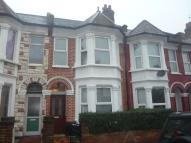 4 bedroom house in Buxton Road, London, NW2