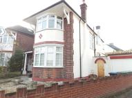 4 bed Flat in Chelmsford Square...