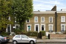Terraced home in Mortimer Road, London