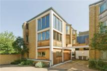 property for sale in Robinswood Mews...