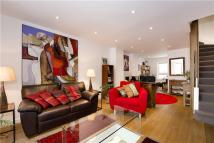 Terraced home in Princess Road, London