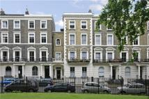3 bedroom Flat in Oakley Square, Camden...