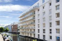 Flat for sale in Gilbey House...