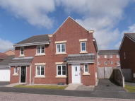 4 bed semi detached house to rent in Lowry Gardens, Carlisle...