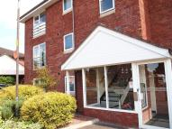 2 bedroom Flat in Hampton House...