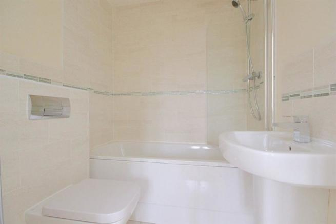 3 bedroom house to rent in buttercross lane witney - Average cost to move a 3 bedroom house ...