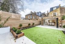 6 bedroom End of Terrace home for sale in Ramsden Road, SW12