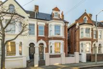 5 bedroom Terraced home in Laitwood Road, SW12