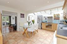 Flat for sale in Endlesham Road, SW12