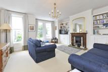 Flat in Osward Road, SW17