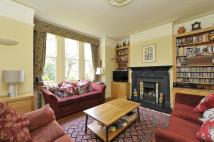 3 bed Terraced house in Trouville Road, SW4