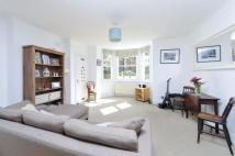 Flat to rent in Ramsden Road, SW12
