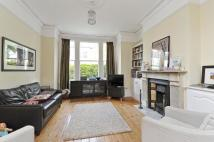 4 bedroom Terraced house to rent in Narbonne Avenue, SW4
