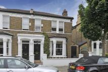 3 bed Terraced property in Ursula Street, SW11