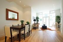 1 bed Flat to rent in Waterfront House...