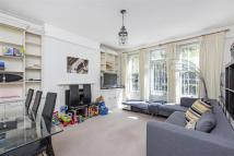 3 bedroom Flat in Albany Mansions...