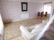 Flat to rent in Park Court Park Road New...