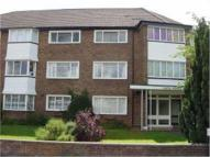 Flat to rent in Gate House Ditton Road...