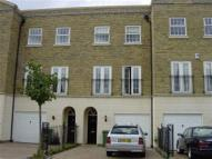 4 bed house to rent in Chadwick Place Surbiton