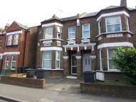 6 bed house in Hawks Road Kingston