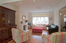 4 bedroom Terraced home in Muncaster Road, SW11