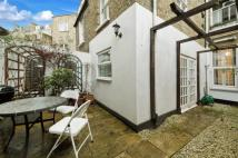 Flat for sale in Cremorne Road, SW10