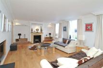 5 bedroom Mews in Lyall Mews, SW1X