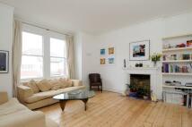 Flat to rent in Montserrat Road, SW15