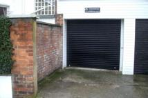 Flat to rent in Garage on...