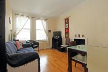 Flat in Radipole Road, SW6