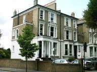 Flat in Haven Green, London, W5