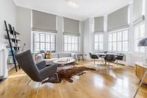 3 bedroom Flat to rent in Elvaston Place, SW7