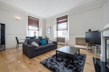 Flat in Queen's Gate, SW7