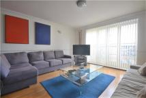 Flat to rent in Prices Court, Battersea...