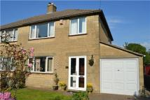 Woodhouse Grove semi detached house to rent