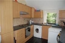 2 bed Flat in Garden Flat,  Bath Road...