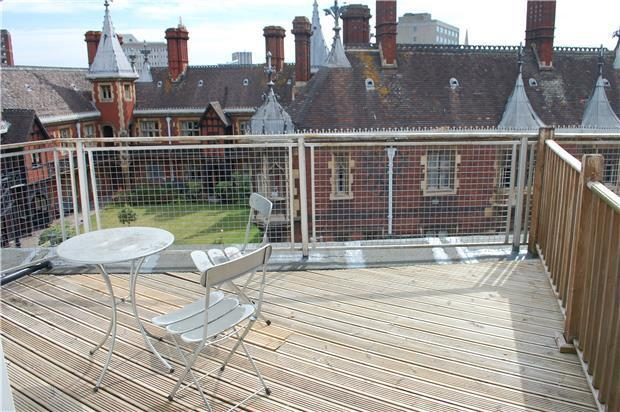studio flat to rent in colston street bristol bs1. Black Bedroom Furniture Sets. Home Design Ideas