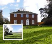 Detached house in Norton, Worcestershire...