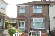 3 bed semi detached home to rent in Worcester Close...