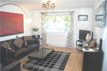 Flat to rent in Knaresborough Drive...