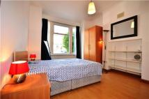 2 bedroom Maisonette in Heythorp Street, LONDON...