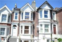 Terraced home to rent in St. Thomass Road...