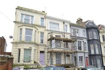 Maisonette to rent in Edward Road...